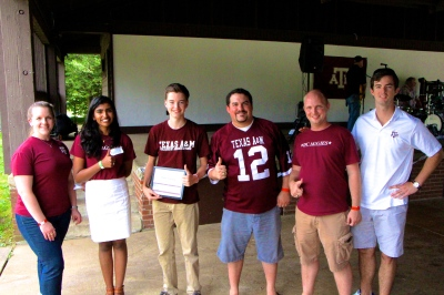 2014 Scholarship Recipient Ryan Tansey with the DC Aggies Club leadership.